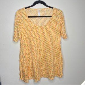 🦋3/$15 NWT Yellow Lularoe Perfect T Size S